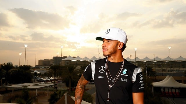 Hamilton tempted to Abu Dhabi race strategy