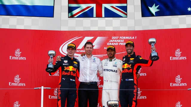 Hamilton takes Suzuka victory, extending title lead as Vettel retires