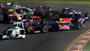 Webber spins during Australian Grand Prix