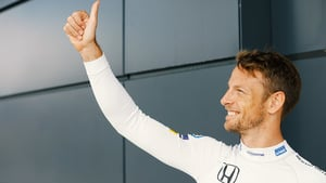 Button salutes fans at Silverstone