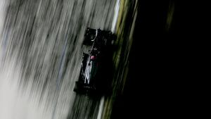McLaren gain mixed results in Singapore qualifying