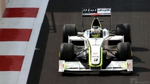 Jenson Button takes part in Abu Dhabi Free Practice