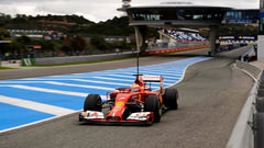 Sidepodcast: Kimi Räikkönen sets the pace on quiet first day in Jerez