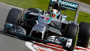 Hamilton puts Mercedes on top in FP2