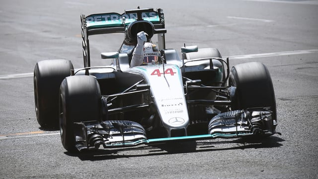 Championship gap down to one point after Hamilton win and Rosberg penalty