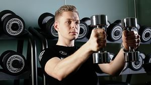 Magnussen takes to the gym