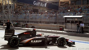 Karun Chandhok finally gets out of the garage in Bahrain