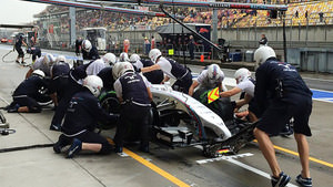 Massa pits for inter tyres