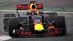 Sidepodcast: Aero devices dominate as Ferrari go fastest in Spain