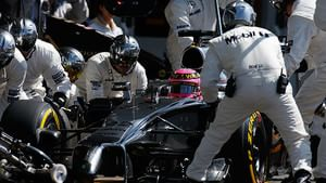 Pitstop for McLaren in belgium
