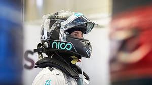 Nico puts down a marker in FP1