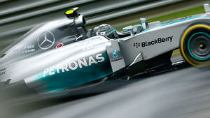 Rosberg makes up for Saturday's disappointment in the race