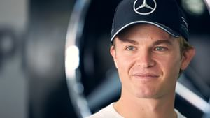 Rosberg scores pole at his home GP