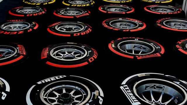 Pirelli extend Formula One tyre supply contract until 2019