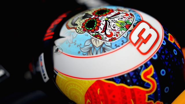 Spins and punctures dominate Mexico practice sessions