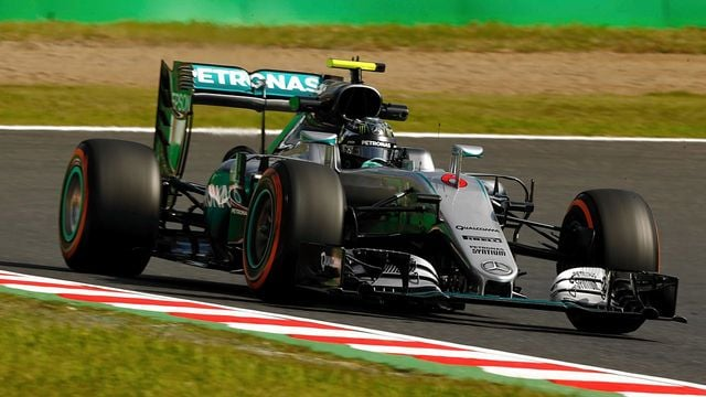 Rosberg ahead in Suzuka practice as several drivers spin