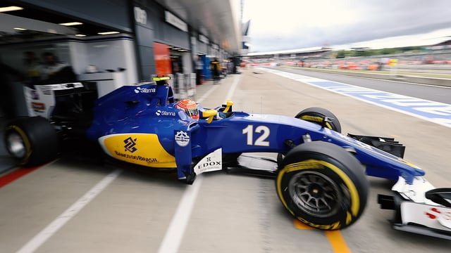 Sauber team bought by Longbow Finance to secure future