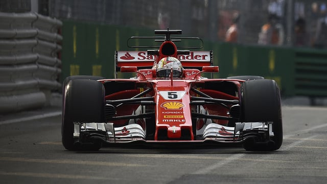 Sebastian Vettel secures Singapore pole, with Red Bull behind