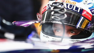 Vettel keeps cool in the Red Bull garage
