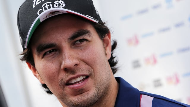 Sergio Pérez remains at Force India for 2018 season
