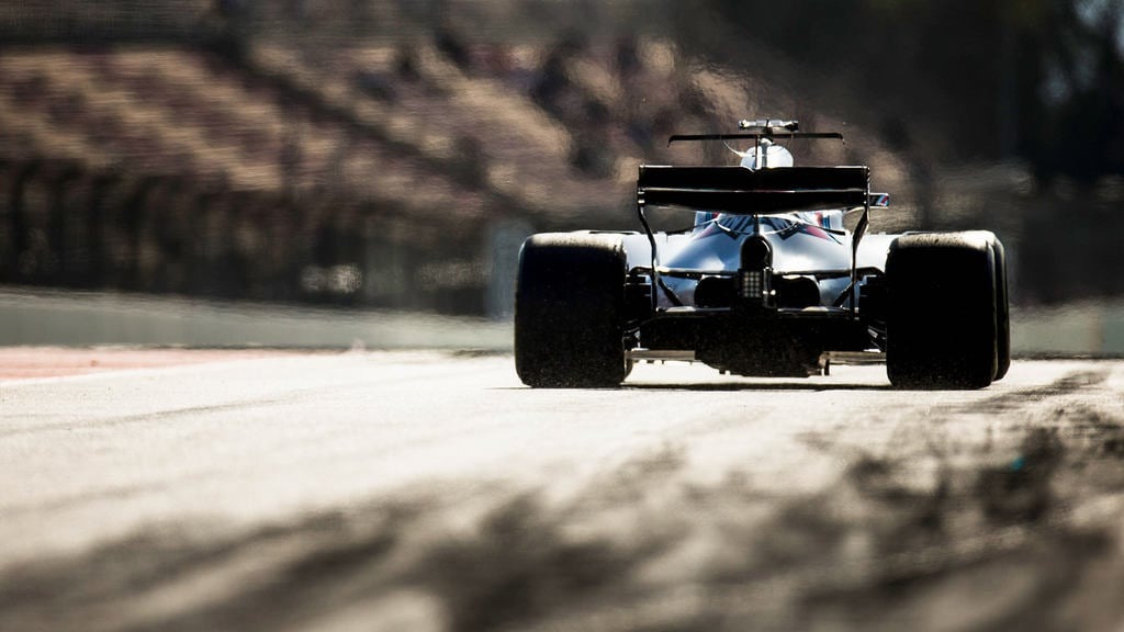 Williams suffer a disjointed start to pre-season testing