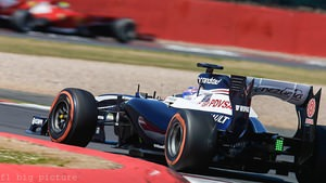 Susie Wolff completes her first official test with Williams