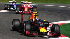 Sidepodcast: Verstappen's racing antics divide F1 paddock opinion