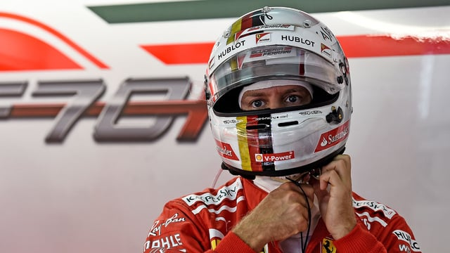 Lewis Hamilton takes Malaysia pole as Vettel fails to qualify