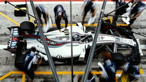 Williams pull away from Toro Rosso in fifth place